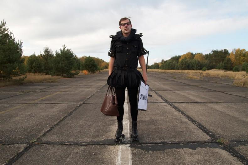 Matthias-Romir-Das-Leben-Ist-Kurzgeschichten-Bild01-Flughafen